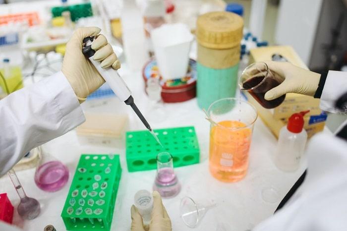 een coronatest pcr test sneltest afnemen in dubbeldam direct uitslag bij coronatest-dordrecht.com